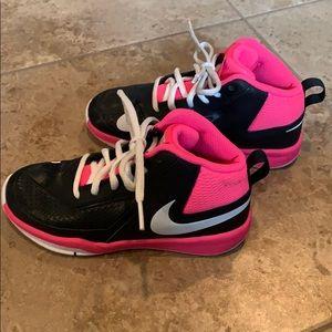 42b3ce23b3 Kids' Nike Shoes Youth Girls on Poshmark